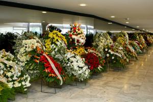 O que são coroas de flores para funeral